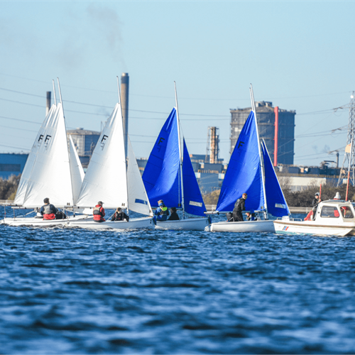 Sailing Club: Sailing Team Training